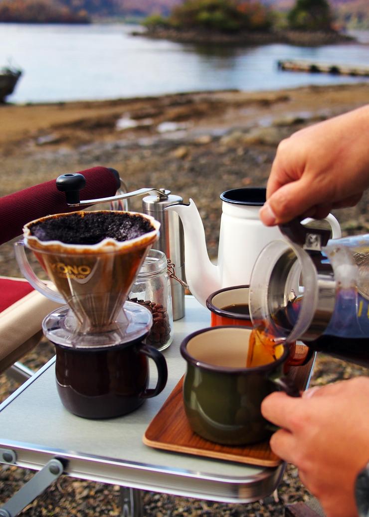 コーヒードリップ風景